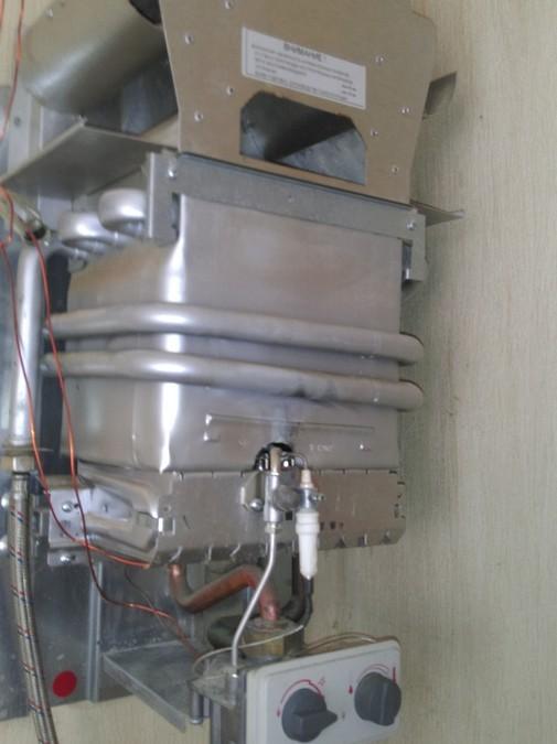 Техническое обслуживание газовой колонки Mora