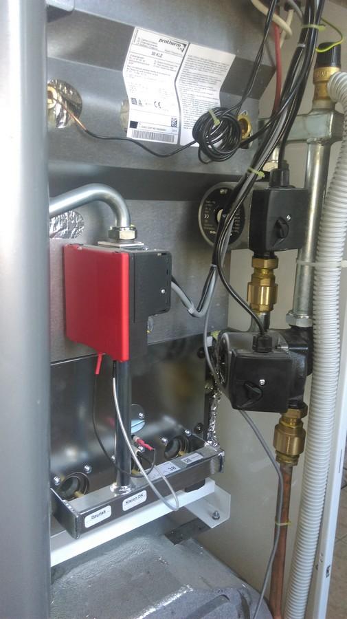 Монтаж напольного газового котла со встроенным бойлером Protherm Medved 30 klz