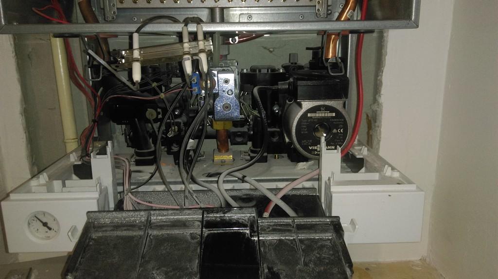 Техническое обслуживание газового настенного котла Viessman vitopend 100 w